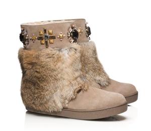 Tory-Burch-Curran-Fur-Embellished-Bottie